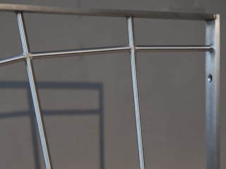 Fenstergitter mit Spinnennetzlook von Metall & Gestaltung Dipl. Designer (FH) Peter Schmitz Rustikal