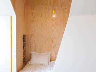Modern Kid's Room by van staeyen interieur architecten Modern