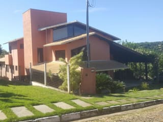Casas de estilo rural de Monica Guerra Arquitetura e Interiores Rural