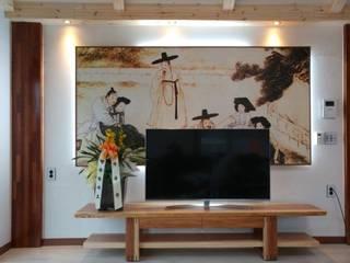 Moderne Wohnzimmer von Goodhaus Modern