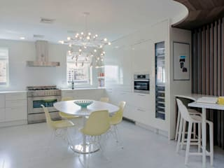: modern Kitchen by Eisner Design