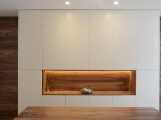 Appartamento AG Soggiorno minimalista di studiovert Minimalista