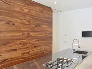 minimalistic Kitchen by studiovert