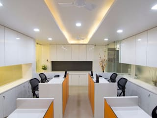 Office for Travel Agencies Modern office buildings by A A Studio Architects Modern