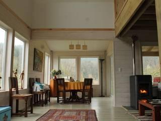 Dining room by Kanda arquitectos
