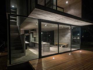Chalet construido a tus necesidades: Casas de estilo  por Chalets & Lofts