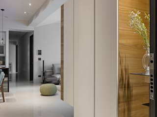 Corredores, halls e escadas modernos por 賀澤室內設計 HOZO_interior_design Moderno