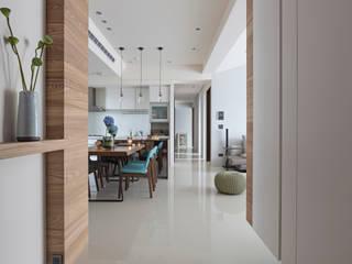 |坤山TC宅| 賀澤室內設計 HOZO_interior_design 現代風玄關、走廊與階梯