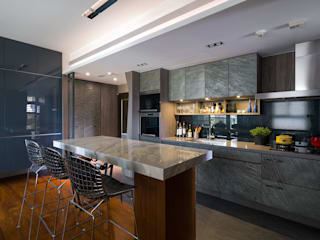 Modern kitchen by 藻雅室內設計 Modern