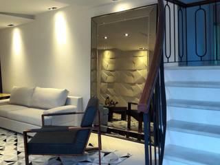Lucio Nocito Arquitetura e Design de Interiores ห้องนั่งเล่นโซฟาและเก้าอี้นวม โลหะ White