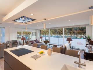 River views Greengage Interiors Cuisine moderne