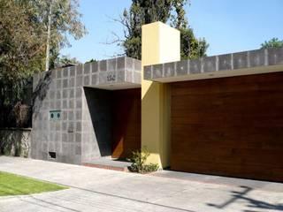 Casa SeV: Casas de estilo moderno por Arq German Tirado S