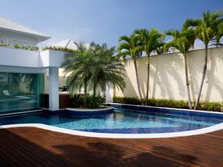 Pool by Priscila Boldrini Design e Arquitetura