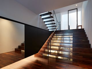 藤原・室 建築設計事務所 Modern Corridor, Hallway and Staircase