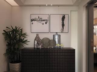 大集國際室內裝修設計工程有限公司 Classic style corridor, hallway and stairs