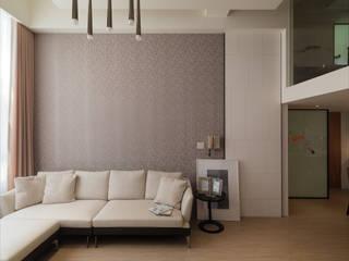 Paredes y pisos de estilo moderno de 大集國際室內裝修設計工程有限公司 Moderno