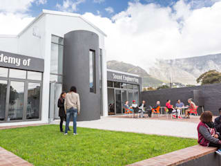 Acedemy of Sound Engineering in Cape Town 2015 by Till Manecke:Architect Modern