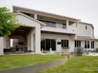 Modern houses by Chibi Moku Architectural Films Modern Concrete