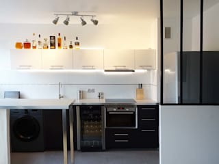 Sandrine Carré Minimalist kitchen