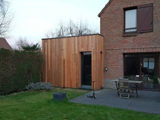Minimalist house by Tristan Bacro Design d'Espace Minimalist