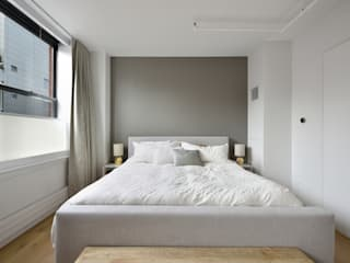 Chambre moderne par KBR Design and Build Moderne