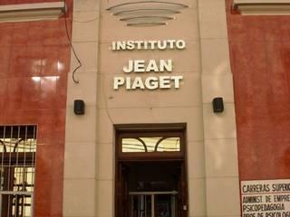 Instituto de Educación de Nivel Secundario y Terciario Escuelas de estilo moderno de Valy Moderno