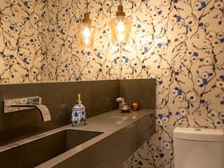 Apartamento Arte Bela Vista Banheiros modernos por Quadrilha Design Arquitetura Moderno