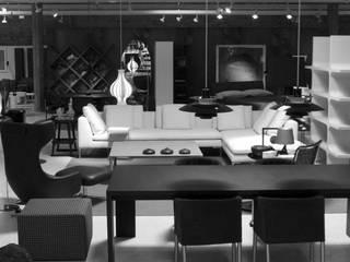 En Línea Barcelona Proyecto Decoración: Comedores de estilo  de En Línea Barcelona, Moderno