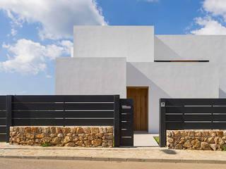 房子 by JAIME SALVÁ, Arquitectura & Interiorismo