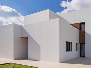 Casa Elena y Manuel / Elena & Manuel house Casas de estilo mediterráneo de JAIME SALVÁ, Arquitectura & Interiorismo Mediterráneo