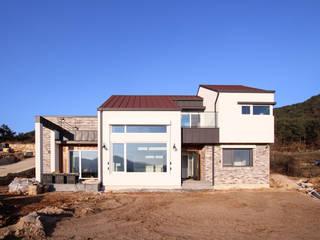 햇살담은집 : 로이하우스의  주택