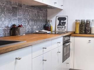 Cucina in stile in stile Scandinavo di Limonki Studio Wojciech Siudowski