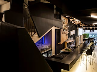 DORIArchitetti Moderne Bars & Clubs