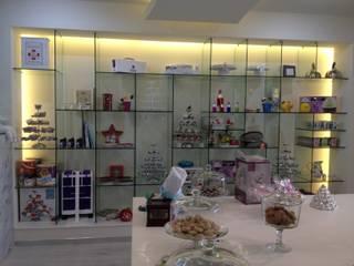 12. FONDANT: Oficinas y tiendas de estilo  por TARE arquitectos