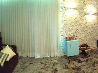 Salle multimédia de style  par Amanda Matarazzo Interiores