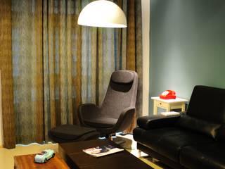 Living room by 敦閣織品股份有限公司, Asian