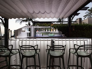Barra Terraza : Locales gastronómicos de estilo  de ESTUDIO SERGIO MACÍAS