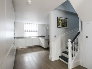 Ifield Road, Kensington Modern Corridor, Hallway and Staircase by Grand Design London Ltd Modern