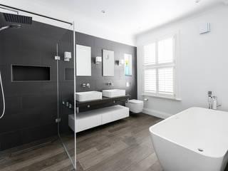Disraeli Road, Putney:  Bathroom by Grand Design London Ltd