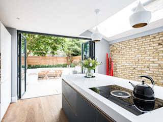 Oliphant Street, Queen's Park Dapur Modern Oleh Grand Design London Ltd Modern