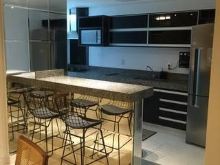 Cocinas de estilo  de TRES MAIS arquitetura, Moderno