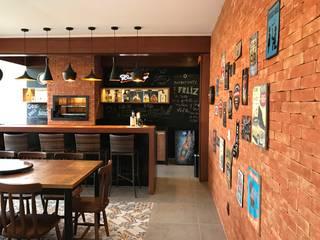 LAZER LC Casas rústicas por TRES MAIS arquitetura Rústico
