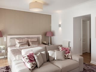 Спальни в . Автор – Interdesign Interiores,