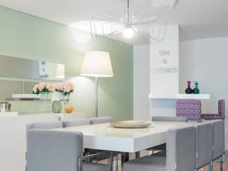 Sala da pranzo in stile  di Interdesign Interiores
