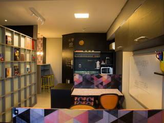 Office buildings by Daisy Dias - Interiores Criativos,