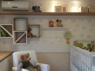Lucio Nocito Arquitetura e Design de Interiores Nursery/kid's roomToys Wood-Plastic Composite White