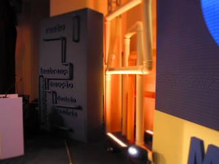 Arquitetura e Cenografia Hotéis industriais por Siga XGD Arquitetura, Design e Sinalização Industrial