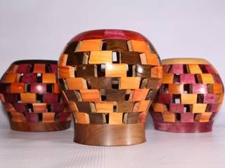 Portalapiz segmentado redondo variedad de maderas:  de estilo  por TORNEARTE TALLER