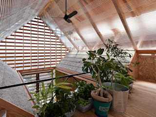 ロフト インダストリアルな 温室 の A.A.TH ああす設計室 インダストリアル 木材・プラスチック複合ボード