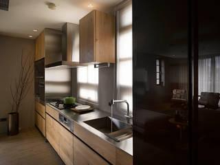 من 晨室空間設計有限公司 حداثي